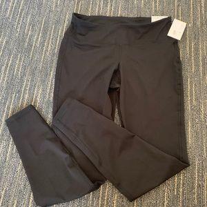 Large NWT elevate black leggings